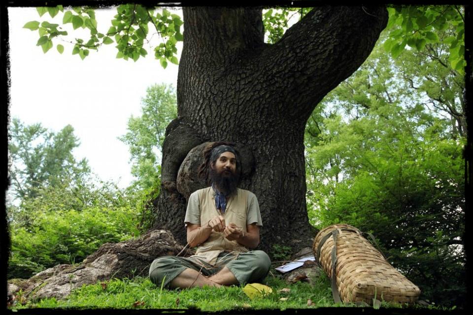dan-under-tree